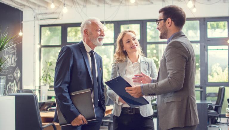 Beratung Kunden kundenspezifisch - fragen - nach maß - bundle -anforderungen - individuell